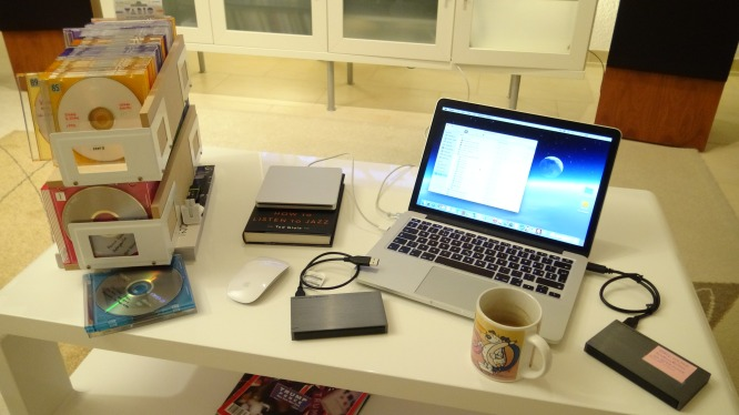 80% completed - getting serious! Including back-up for a lot of data. And coffee !